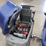 hammerhead-500rsx-floor-scrubber-batteries